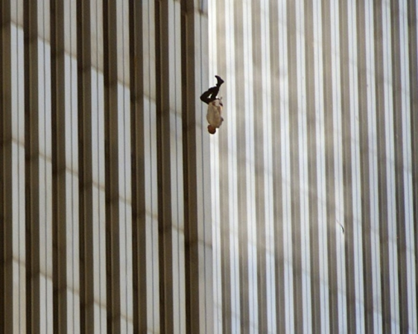 Falling Man. (AP Photo/Richard Drew)